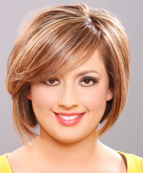 Best Short Haircut for Round Face Shapes Corte de Pelo Corto para Cara Redonda